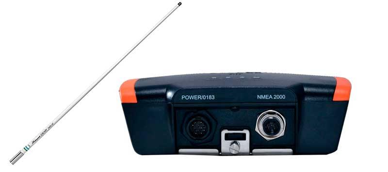 em-trak B921 AIS Transponder og 5104 Antenne